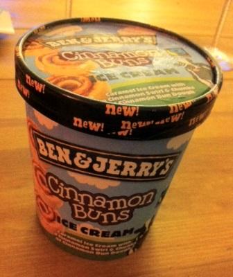 Pot de glace creme glacée ben et jerry cinnamon buns